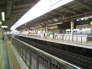 東京駅の朝